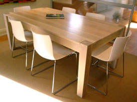 Quarter sawn white oak dinning table with tapered leg